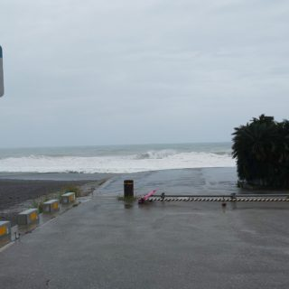 台風10号に気をつけて下さい!
